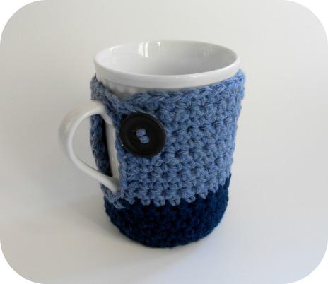 Mug cozy free crochet pattern from Crochet N Play