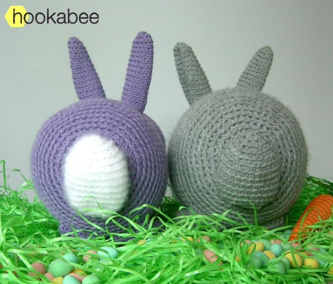 Flora the bunny rabbit crochet amigurumi stuffed animal pattern by @hookabee crochet crochet (www.hookabee.com) #amigurumi #crochet #pattern #easter #bunny #rabbit