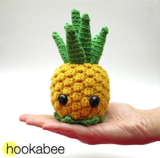 Bill the Pineapple crochet amigurumi pattern by @hookabee