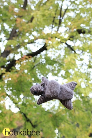 Hanna the squirrel amigurumi pattern by @hookabee