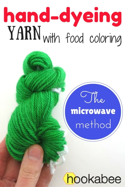 hand dyeing yarn with food coloring in the microwave by @hookabee